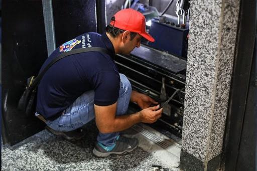 تعمیر درایو الکتریکی آسانسور